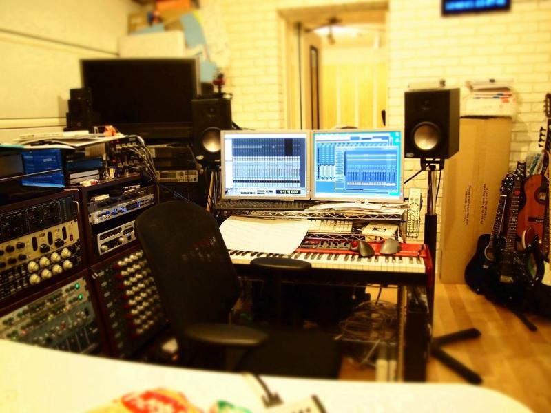 チェルさんのスタジオにて。