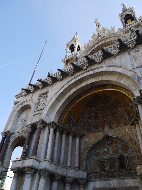 サン・マルコ寺院。